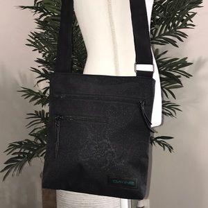Dakine Adjustable Strap Shoulder Bag